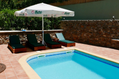 Archontika Villas - sunbeds at the pool